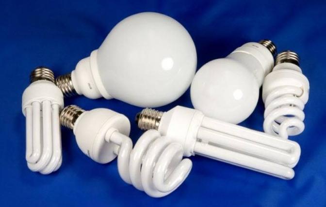 Будь ЕКО: куди у Львові можна здати люмінесцентні лампи та батарейки