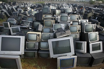 Nearly 80,000 second-hand televisions are stacked at a yard awaiting recycling in Zhuzhou, Hunan Province of China. Only about 5 percent of about 1 billion tonnes of construction waste generated each year in the country is recycled or reused, said Wang Jiwei, Secretary General of the China Association of Resource Comprehensive Utilization, at an ecological forum held in southwest China's Guizhou Province. (PICTURE BY©CHINA FOTO PRESS) PHOTOGRAPH PROVIDED BY IBERPRESS +393358099068 http://www.iber-press.com/ redazione@iber-press.com
