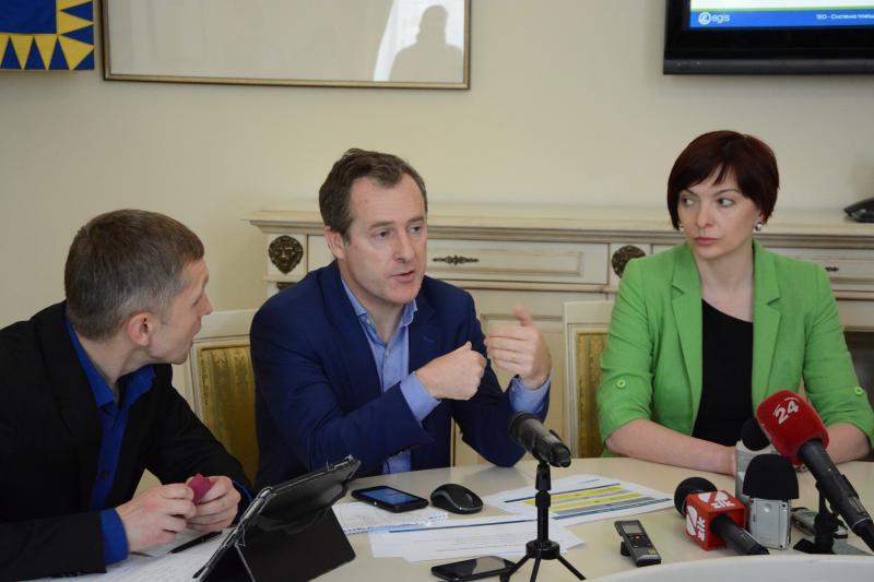 """Cпівпраця міста із французькою компанією """"Egis"""" щодо проблеми сміття у Львові"""