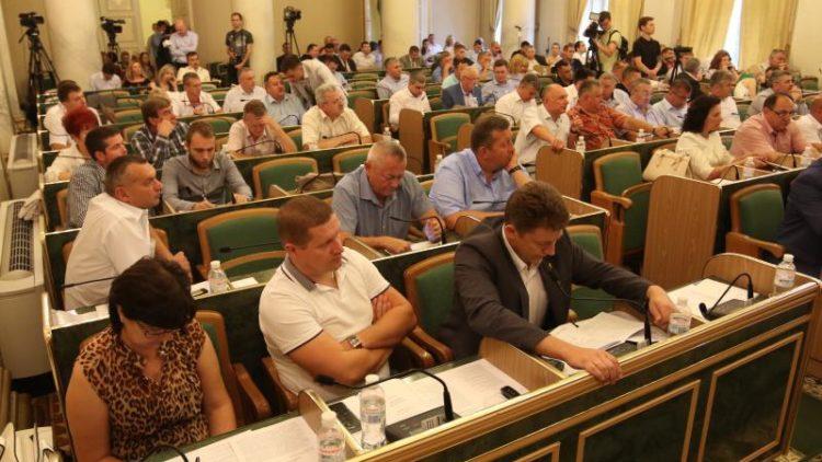 За вивіз сміття зі Львова відповідатиме ЛОДА: рішення обласної сесії