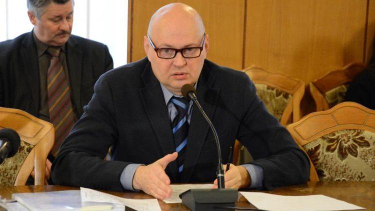 «На роботи по дамбі передбачено 12 млн гривень з міського бюджету, зараз використано 8-9 млн гривень і роботи виконано на 85%», – С. Бабак
